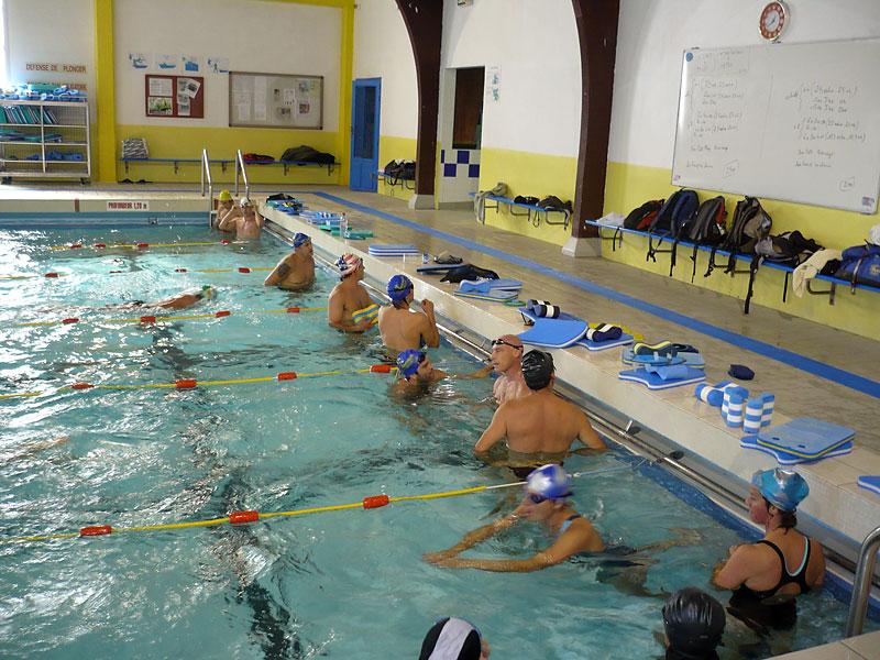 Le club se met l eau triathlon club carcassonne for Piscine grazailles